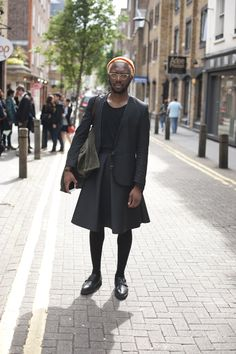 Street Style Archives - Best Dressed Man on the Planet Cool Outfits For Men, Dope Outfits, Guys In Skirts, Men Wearing Skirts, Man Skirt, Best Dressed Man, Men In Kilts, New Fashion, Queer Fashion