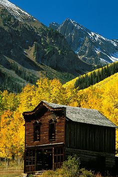Autumn, the old hotel in the ghost town of Ashcroft, Colorado preserved by the Aspen Historical Society within White River National Forest, Colorado. (by Andy Cook, RMRP) Living In Colorado, Colorado Homes, Aspen Colorado, Colorado Country, Haunted Places, Abandoned Places, Abandoned Buildings, Nevada, Utah