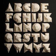 Un ejemplar de #lettering en #3D de nuestro #ESdesignPro @losientostudio  Ven…