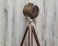 Antike Stativ Stehlampe von TheDezinez auf Etsy