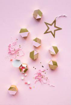 DIY Advent Calendars for Christmas Christmas Love, All Things Christmas, Christmas Holidays, Christmas Crafts, Christmas Decorations, Xmas, Winter Holiday, Origami Box, Origami Wedding