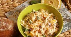 Tenhle salát byl pro mě prvně hodně neobvyklý. Proč vůbec? Naprosto mě totiž překvapila chuť teplé kysané smetany v salátu - vždy jsem ... Grains, Rice, Food, Essen, Meals, Seeds, Yemek, Laughter, Jim Rice