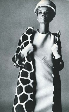 Veruschka in Guy Laroche shot by Irving Penn. Vogue US September 1965.