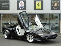 Every 80s boy's dream car poster - Lamborghini COUNTACH