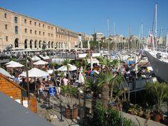 Qui ne rêve pas de visiter Barcelone un jour? Cette ville regorge d'attractions artistiques, culturelles et historiques et même quelques-unes que l'on …