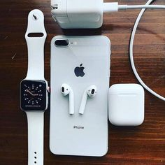 -->> Link in description to for a super special cable organization solution.☀️ -->> Link in description to for a super special cable organization solution. Apple Watch Iphone, Accessoires Ipad, Accessoires Samsung, Iphone 3gs, Coque Iphone, Iphone Cases, Iphone Charger, Airpods Macbook, Schul Survival Kits