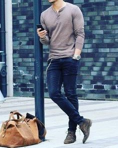 47 Ideas style vestimentaire homme sportif for 2019 Style Casual, Men Casual, Smart Casual, Casual Outfits, Style Men, Casual Shoes, Casual Jeans, Trendy Style, Dress Casual