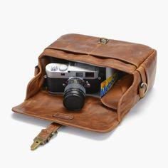 ONA Fototasche - The Bowery Cognac - Onabags - DESIGNSTRAPS - Kameragurte, Kamerataschen, Fotorucksack, iPhoneography, Camera Straps