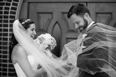 This bride's veil is from Kleinfeld! | Photography by Liz and Ryan