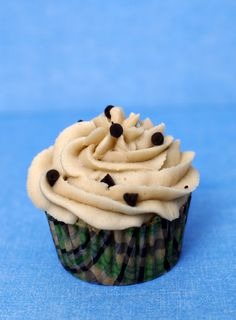 Chocolate Chip Cookie Dough Cupcakes....with Brown Sugar Butter Cream Frosting
