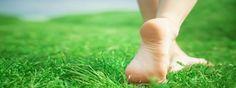 Consejos que te ayudarán a controlar el mal olor en los pies. Te aconsejamos que acudas a un podólogo cualificado para que pueda examinar tu caso.