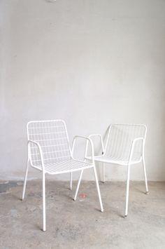 stacking garden chair A/B