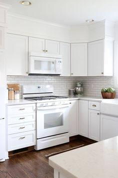 White kitchens with white appliances Gloss Once Neglected Home Beautifully Restored In The Midwest White Appliance Kitchenkitchens Pinterest 44 Best White Appliances Images Kitchen White Diner Kitchen