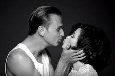 Helena-BonhamCarter-kissing-Theo-Hutchcraft