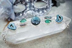 Használj kristályékszereket a beteg-negatív hatások ellen!  http://szellemszive.hu/kepzesek/kristalyprogramozas-kristalybehangolas-tanfolyam/