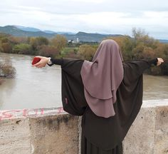 Hijab Niqab, Muslim Hijab, Mode Hijab, Hijab Outfit, Arab Girls, Muslim Girls, Muslim Couples, Hijabi Girl, Girl Hijab
