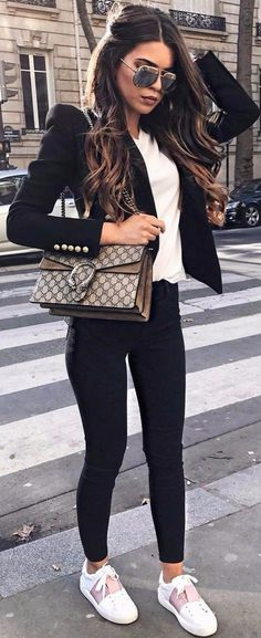 outfits you don't want to miss business outfit 23 Business Outfits That Will Make You Say Wow Mode Outfits, Fashion Outfits, Womens Fashion, Fashion Trends, Office Outfits, Fashion Ideas, Fashion Guide, Office Attire, Fashion 2018