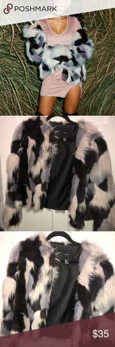 ⭐️MULTI FUR FAUX FUR COAT ⭐️ Ahhhhh my favorite coat ever!! Sad to let go of it! Multi colored fur super. Trendy and poppin!   Boohoo LF tobi Zara missguided zaful forever 21 Forever 21 Jackets & Coats Puffers