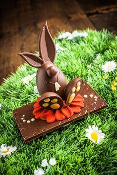 fabian rimann | Ostern 2014 Chocolate Work, Chocolate Delight, Easter Chocolate, Homemade Chocolate, Chocolates, Chocolate Showpiece, Chocolate Sculptures, Easter Recipes, Easter Crafts