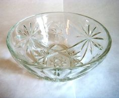 Anchor Hocking Star of David Glass Dish.    This sweet little bowl is just waiting for candy! 5 1/4 wide by 2 1/4 tall made by Anchor Hocking.