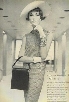 Vintage 50s Dresses 8 Classic Retro Styles Chemise