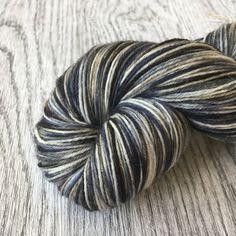 STORMY DAY.  Fingering/Sock  superwash wol met Nylon. door Groovywool op Etsy https://www.etsy.com/nl/listing/520471440/stormy-day-fingeringsock-superwash-wol