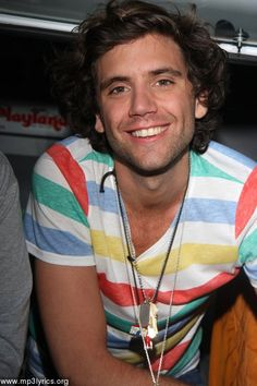 Mika handing out ice cream & tickets to the Roxy show in Las Angeles April 14, 2009