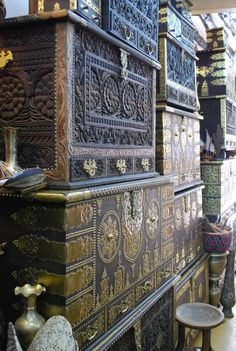 """Zanzibar Chests: These wooden trunks, sometimes called """"Arab Chests,"""" originally stored spices and other precious goods. Traditionally they ..."""