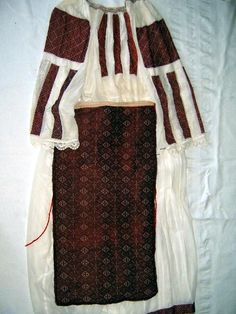 Folk Clothing, Period Outfit, Folk Art, Embellishments, Ethnic, Cross Stitch, Rustic, Costumes, Popular