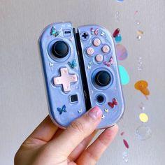 Kawaii Games, Nintendo Switch Case, Aesthetic Objects, Nintendo Switch Accessories, Otaku Room, Space Games, Video X, Game Room Design, Kawaii Accessories