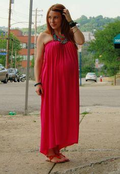 Pregnancy fashion inspiration.