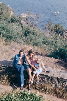 Charlotte Gainsbourg, Serge Gainsbourg, Gainsbourg Birkin, Images Vintage, Vintage Pictures, Jackie Kennedy, Saint Tropez, Brigitte Bardot, Miroslava Duma