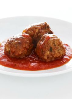 This veal meatballs in tomato sauce recipe is a great start for the seder meal,
