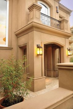 Front entrance feature for our house Classic House Exterior, Dream House Exterior, Dream House Plans, Bungalow House Design, House Front Design, Modern House Design, Fachada Colonial, Mediterranean Homes, Facade House