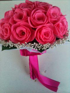 Ramo de fieltro: rosas y