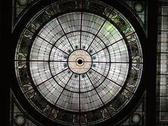 Penn station ceiling