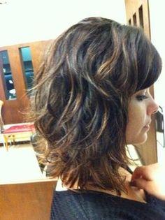 Detalhe do corte de cabelo de Vanessa