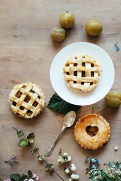 SECRET CUTIE PIE les secrets de la pâte à tarte aux fruits >> Make My Lemonade
