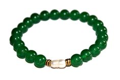 Emerald Jewelry Pearl Bracelet Minimalist Bracelet Mala Bracelet Healing Crystal Jewelry Natural Emerald Bracelet Emerald Stone Jewelry