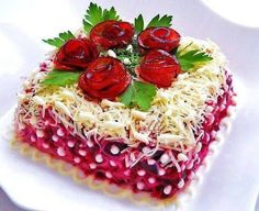 12 of the most delicious salads - Buzz On Live Creative Kitchen, Creative Food, Fruit Recipes, Vegetable Recipes, Cooking Recipes, Food Design, Sandwich Cake, Food Garnishes, Edible Food