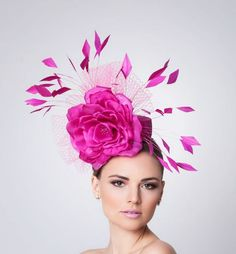 Hot Pink Fascinator Cocktail Hat Kentucky derby hat by ArturoRios. I Like this it looks like it would be fun to wear! Chapeaux Pour Kentucky Derby, Kentucky Derby Hats, Vintage Pink, Pink Fascinator, Fancy Hats, Silly Hats, Crazy Hats, Cocktail Hat, Hat Shop
