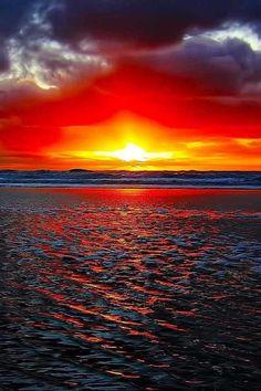 beautiful views of sunrise hd Beautiful Nature Wallpaper, Beautiful Landscapes, Beautiful Images, Amazing Sunsets, Amazing Nature, Sunset Photography, Landscape Photography, Sunset Wallpaper, Beautiful Sunrise
