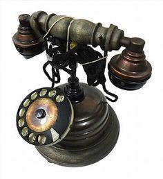 Telefone com design antigo ano 1938.