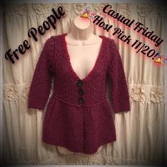 HP FREE PEOPLE PURPLE RED BUTTON KNIT SWEATER XS ABSOLUTELY BEAUTIFUL! FREE PEOPLE KNIT SWEATER - PERFECT FOR FALL! EXCELLENT CONDITION. BUNDLE & SAVE 20%! FOLLOW MY CLOSET NEW ITEMS DAILY. HAPPY POSHING!!  Free People Sweaters