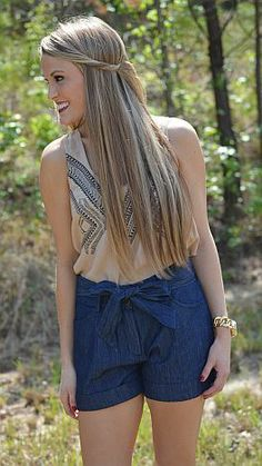 Would you like a bow with your shorts? $56 at shopbluedoor.com!