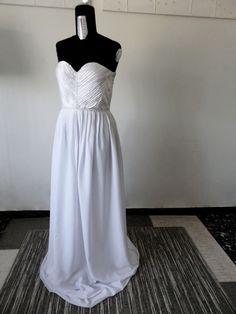 Abito da sposa drappeggiato, creato da me, copiato da un'immagine in internet  Wedding dress draped , created by me, copied from an image on the Internet