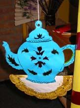Kopje thee High Tea, Culture Activities, Tea Pots, Chinese, Pottery, Land, Japan, Christmas Ornaments, Holiday Decor