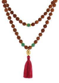 SHANTI Mala / Power & Benefits: Balance of Mind & Peace / Shanti – Bedeutung in Sanskrit Frieden. Die gewählte Kombination des Shanti Mala steht für Klarheit, Glück und Frieden in grosser Fülle. Der grüne Aventurin ist ein wunderbarer Stein der mit dem Herzchakra korrespondiert und bekannt ist, Frieden in dein Leben zu bringen. Die Kraft der Rudrakshas schützen dich vor Negativität.