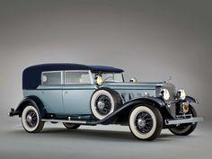 1930 Cadillac Sixteen v16 convertible sedan