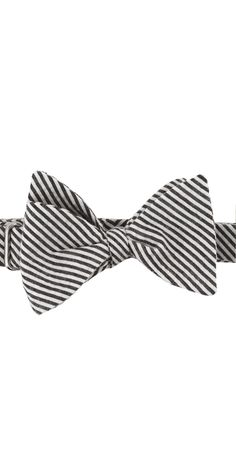 I do love me a good bow tie